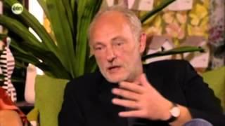 Baixar Een Lolita: Els Dottermans en Bernard De Wulf te gast bij Villa Van Tilt