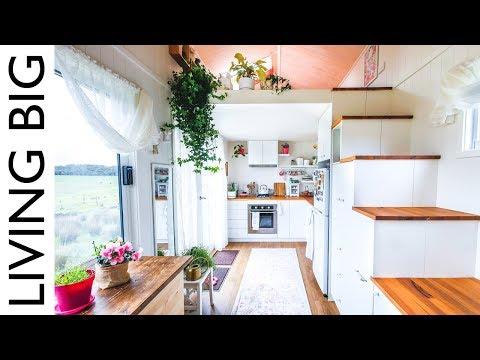 Woman's Dream Tiny House Even Has A Walk-In Wardrobe