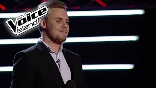 Guðlaugur Ómar - Can't Help Falling In Love | The Voice Iceland 2016 | The Blind Auditions