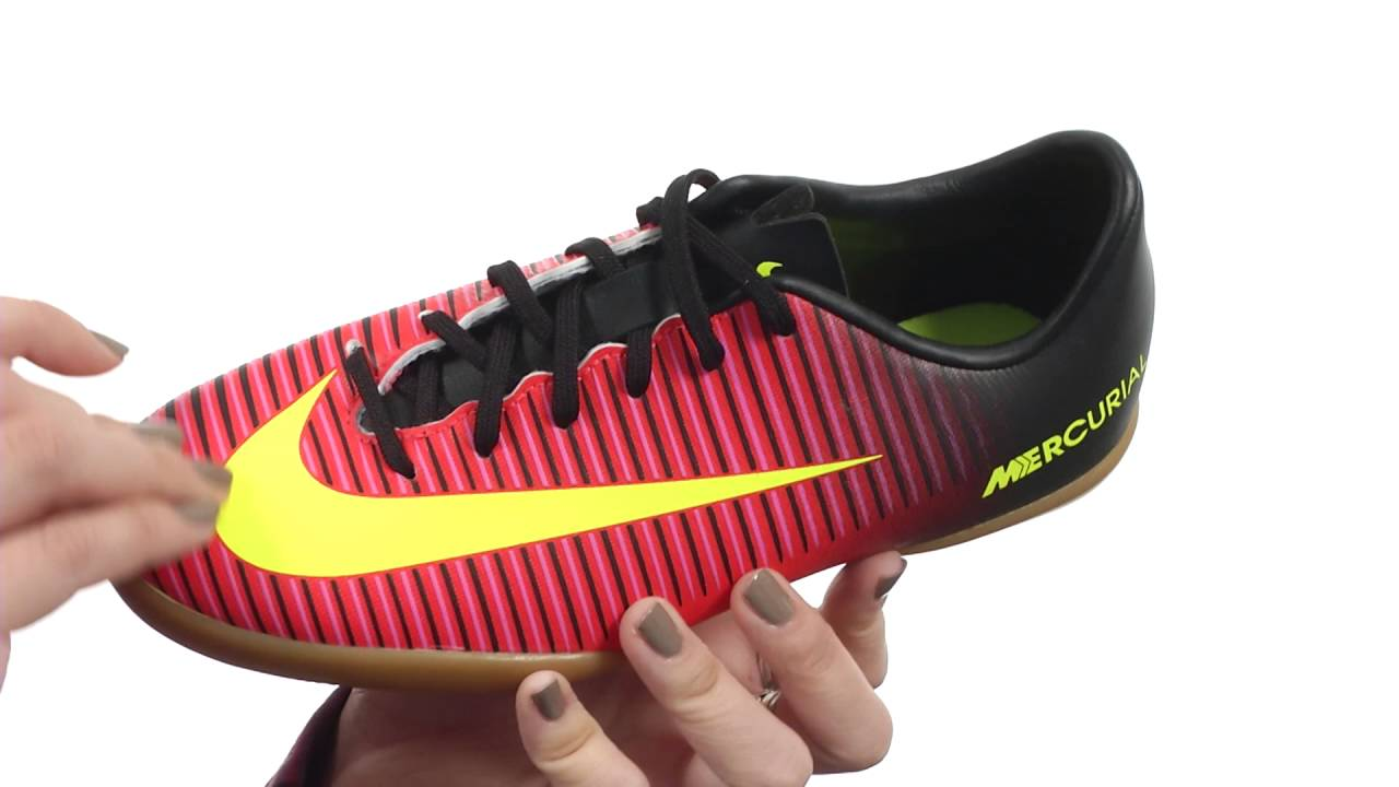 ffdde3216489 Nike Kids JR Mercurial Vapor XI IC Soccer (Toddler Little Kid Big ...