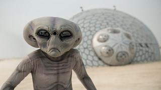 👽 НЛО десант и ВЫСАДКА ГУМАНОИДА - видео очевидцев 2017 (UFO)(Жители засняли высадку инопланетян с их корабля. НЛО 2017, десант - пришельцы реальное видео. Подпишись! https://g..., 2017-02-17T15:11:51.000Z)