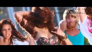Shruti Hassan nipple slip