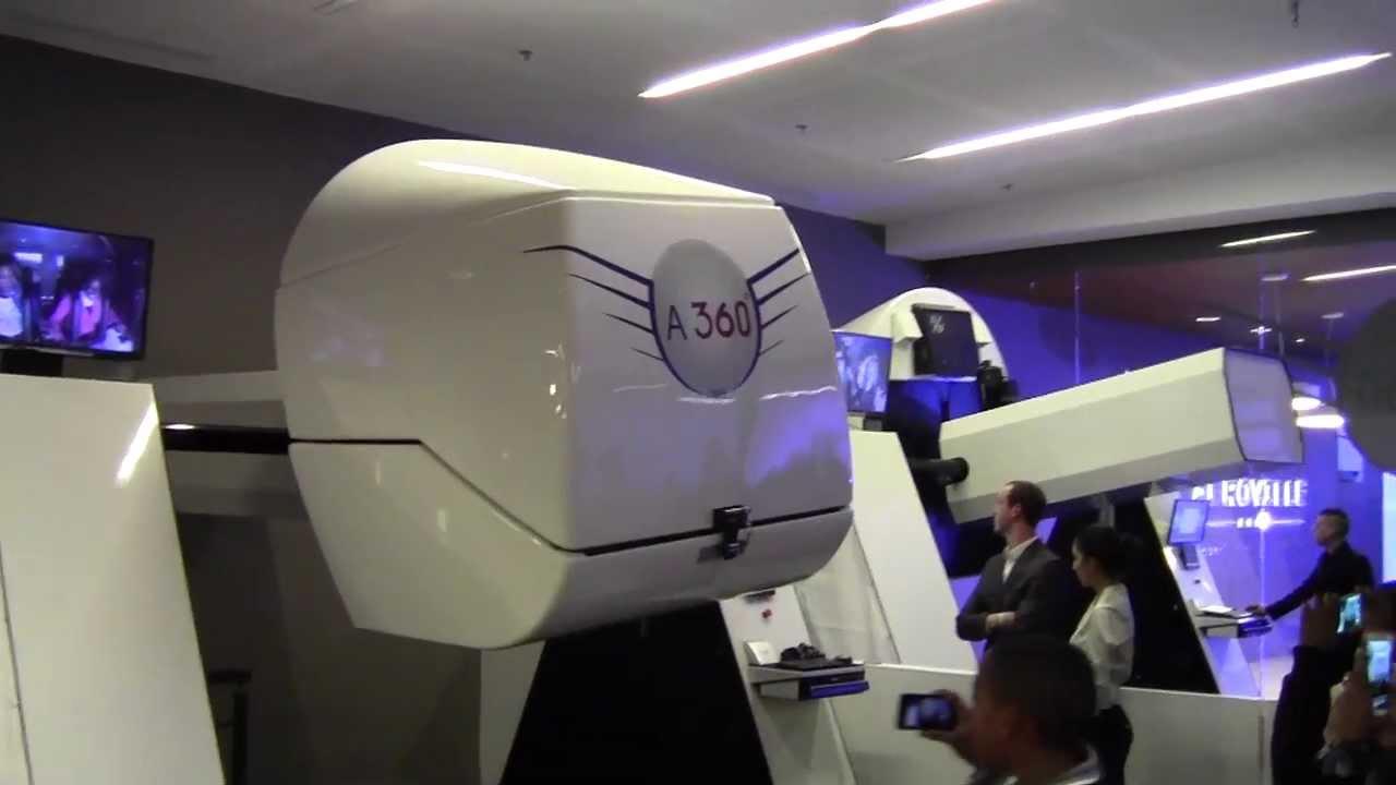 le simulateur de vol 360 du centre commercial a roville de tremblay youtube. Black Bedroom Furniture Sets. Home Design Ideas