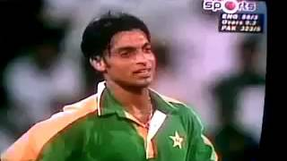 Shoaib Akhtar 1st match and batsman make fun of him and answer from shoaib was just great