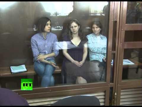 Дело Pussy Riot разделило российское общество