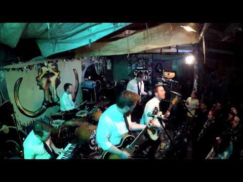 Elvis Christ (Live at 7th Circle 1/10/2015)