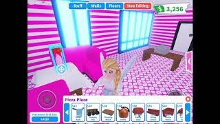I buy my own pizza house in Adopt Me! ROBLOX