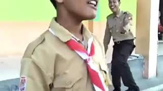 Download Video VIRAL !!! anak kecil pake seragam pramuka nyanyi dangdut tanda tanda MP3 3GP MP4