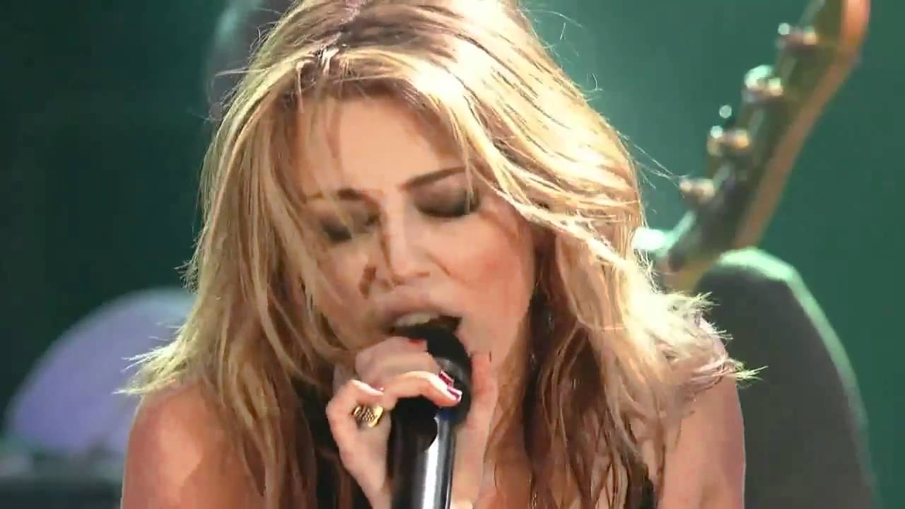 Miley Cyrus Every Rose Has Its Thorn Live at House of Blues - YouTube