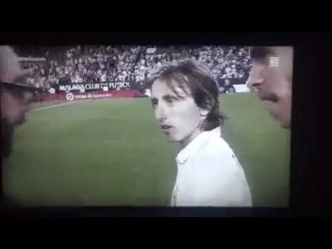 Funny...bale and modric asking for laliga trophy