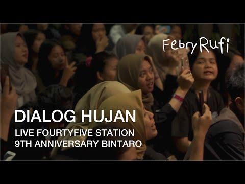 """Dialog Hujan"" Senar Senja live at Fourtyfive Station 9th Anniversary, District 7 Bintaro"