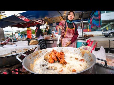 Street Food FRIED CHICKEN!! 🍗 The Ultimate Thai Fried Chicken Tour!! | Hat Yai, Thailand