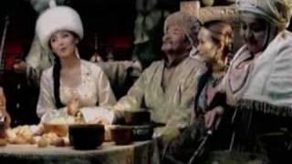 Макпал Диханбаева - Ауылым Анiм (Official Music Video) от GLteam.org