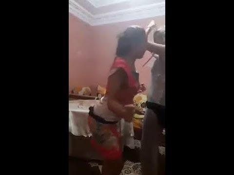 رقص بنات مغربيات في البيت thumbnail