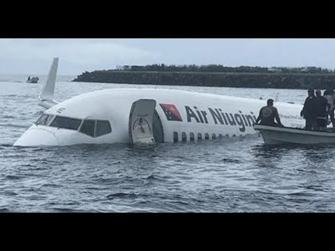 Air Niugini overshoots runway in Micronesia and sinks in sea lagoon | Aviation News