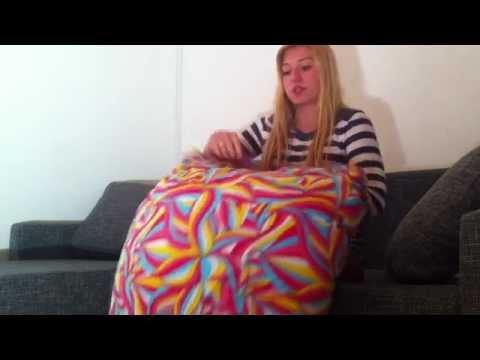 kissen beziehen bettw sche wechseln youtube. Black Bedroom Furniture Sets. Home Design Ideas
