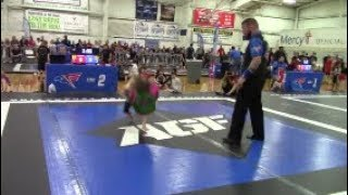 NASTY SUBMISSION!?! Girl Gets Tapped Out In 15 Seconds