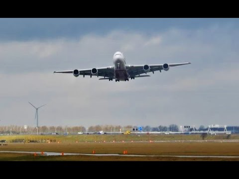 SEVERE STORM HITS SCHIPHOL! EMIRATES A380 Awesome Go Around @ Amsterdam Airport Schiphol