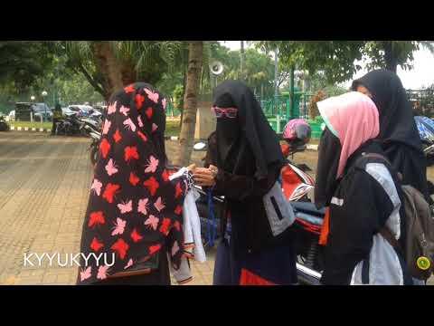 TANTANGAN!!!  Pertama kali memakai cadar -menemui 7 wanita bercadar dalam 1 hari || by Ayu T. A. S