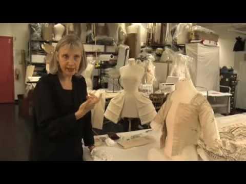Marie-Antoinettes Dress