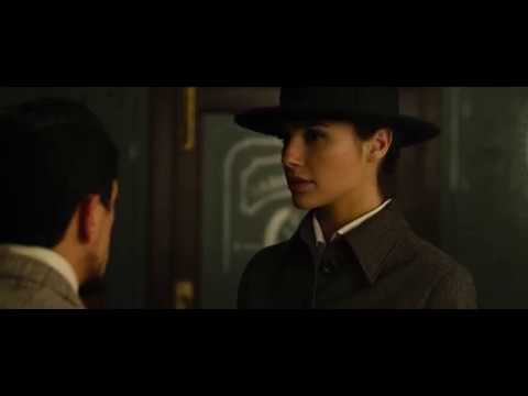 Gal Gadot speaking Spanish, Chinese and Greek in Wonder Woman (2017)