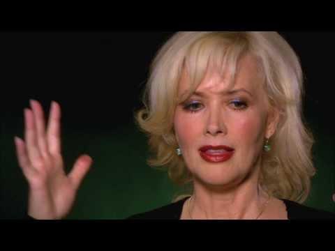 Celebrity Ghost Stories: Janine Turner