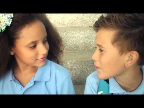 fuera de control -  fdc Amor de colegio video oficial 1