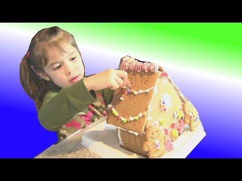 Chị Bí Đỏ Và Bé Peanut Làm Ngôi Nhà Bánh Quy Gừng Bánh Kẹo