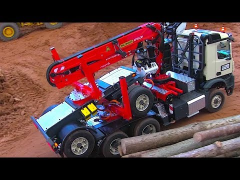 MINDBLOWING RC TIMBER TRUCK WITH CRANE AND CONSTRUCTION EQUIPMENT I CONSTRUCTION WORLD I ScaleART