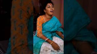Amal Dhabal Paaley Legeche- A rendition by Hiya