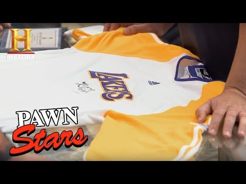 Pawn Stars: Kobe Bryant 2010 NBA Finals Warm-Up Jersey (Season 14) | History