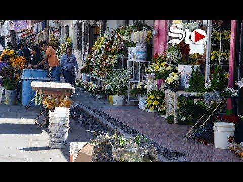 Caos vial por Mercado de Flores de Torreón