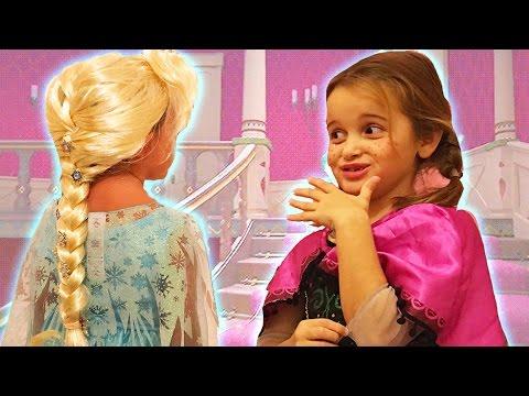 Prenses Anna ve Kraliçe Elsa Evcilik Oyunu | Çizgi Film ve Masal Karakterleri | EvcilikTV