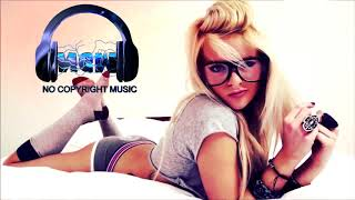 Deflo  Lliam Taylor - Spotlight (feat. AWA)