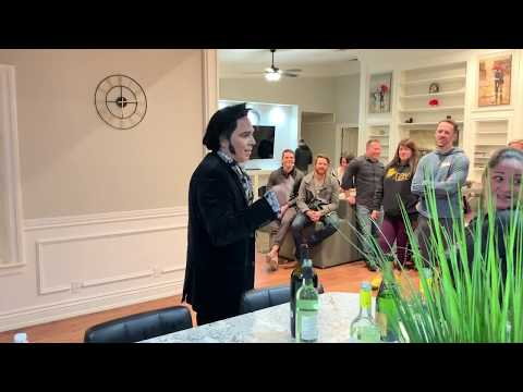 Meetings & Las Vegas with Elvis - The Journey of an Entrepreneur:Episode 59