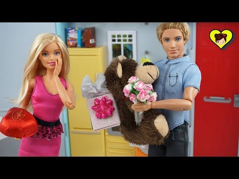 Barbie Especial del Dia de San Valentin - Historia con Muñecas