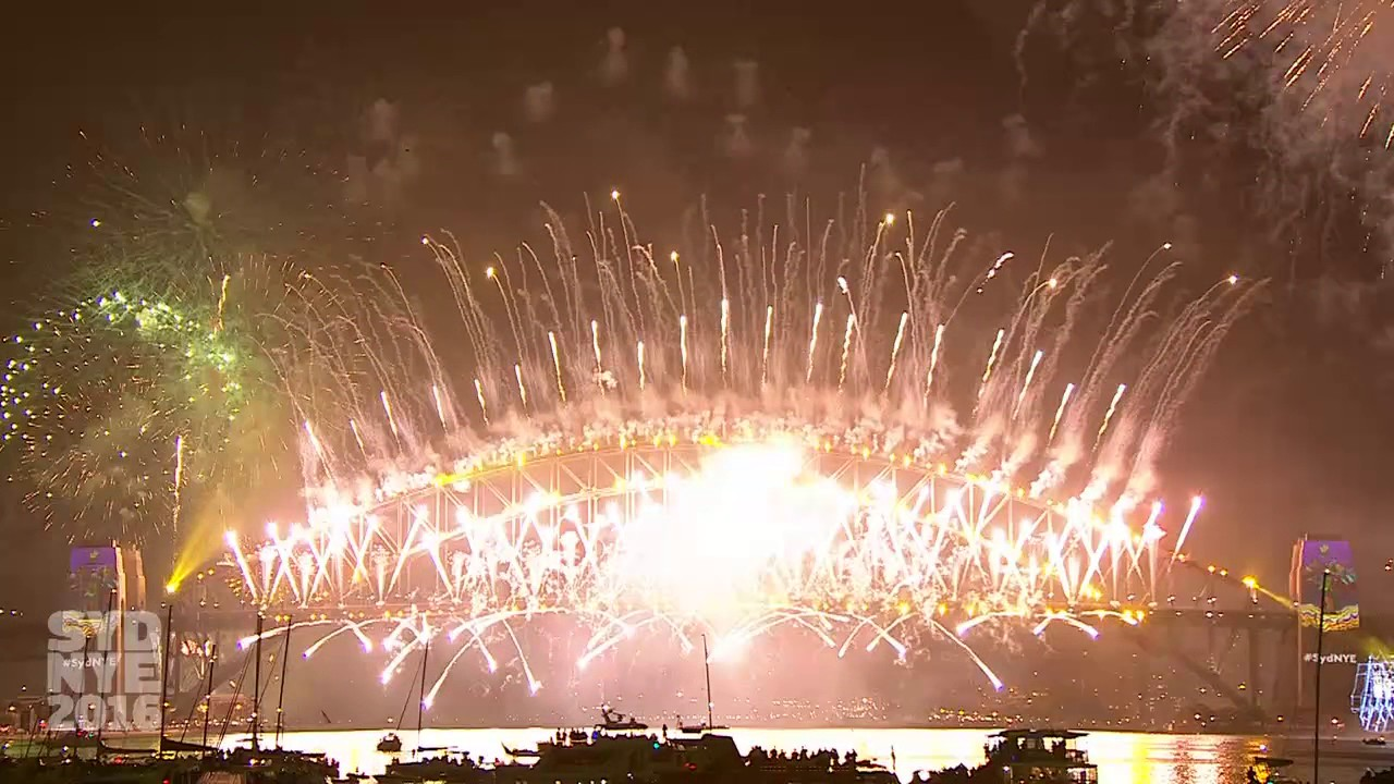 Welcome to 2017 See the best of Sydney New Years Eve