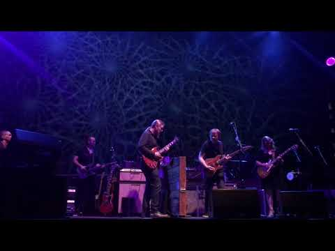 Tedeschi Trucks Band feat Trey Anastasio- Mountain Jam (Beacon Sat 10/14/17)