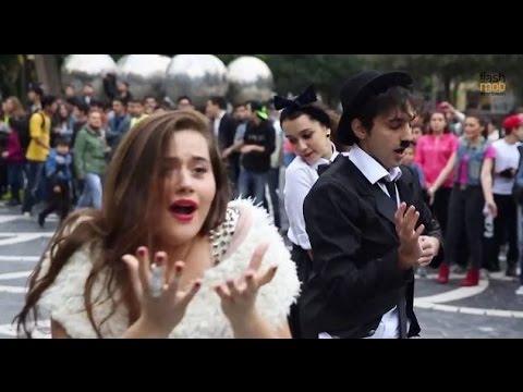 Видео: Chaplin Foxy Flashmob  FLASHMOB Azerbaijan