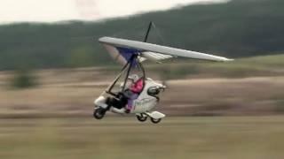 Ultraleichtflugzeuge: Airtrike - ein Selbstversuch - SPIEGEL TV