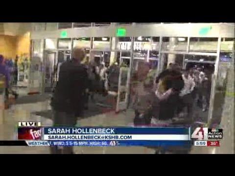 Black Friday: The Big Rush At Nebraska Furniture Mart In KCK   YouTube