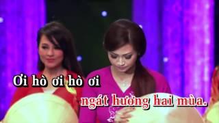 Huyền Trang - Mời Anh Về Thăm Quê Em (Karaoke)