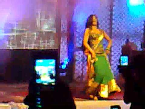 PRERNA(Shweta Tiwari) in kabul bank draw Mar 2009