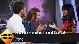 Ana Guerra, fascinada con el intercambio cultural de Yibing - El Hormiguero 3.0