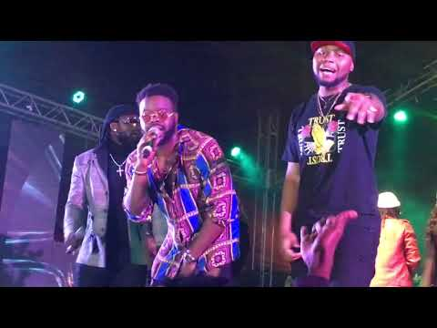 Locko, Rythmz, Mimie and DJ Zoumanto join Magasco on stage to perform 'Validation at the Golden Show
