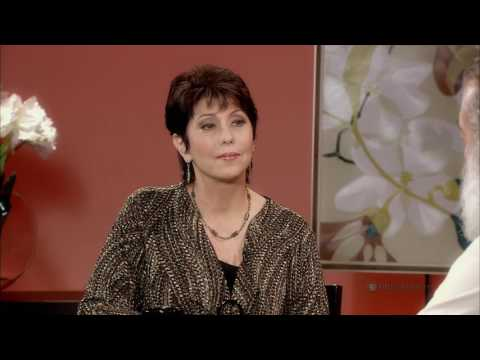 LONG STORY SHORT WITH LESLIE WILCOX: Carlos Andrade | PBS Hawaiʻi