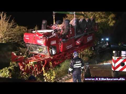 En overhaling der gik helt galt. Vejlevej ved Barrit. 12/10-2012. Kl. 11:05.