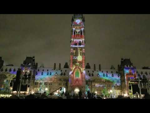 Dec 2018 Ottawa Parliament Square lighting show 5