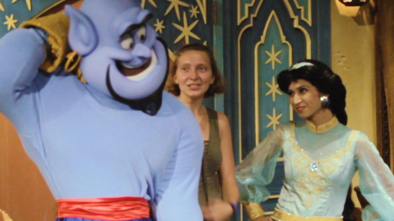 Meet Jafar Genie Other Aladdin Characters At Mickeys Not So