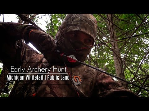 Early Season Bow Hunt || Michigan Deer Hunting